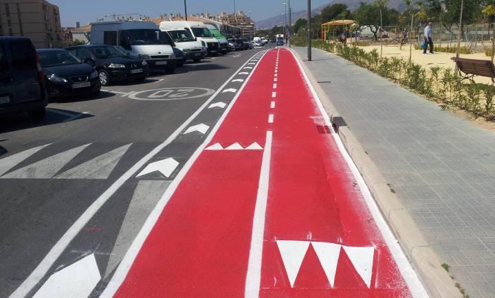 Nuevo Carril bici bidireccional en la Calle Italia de Benidorm 2
